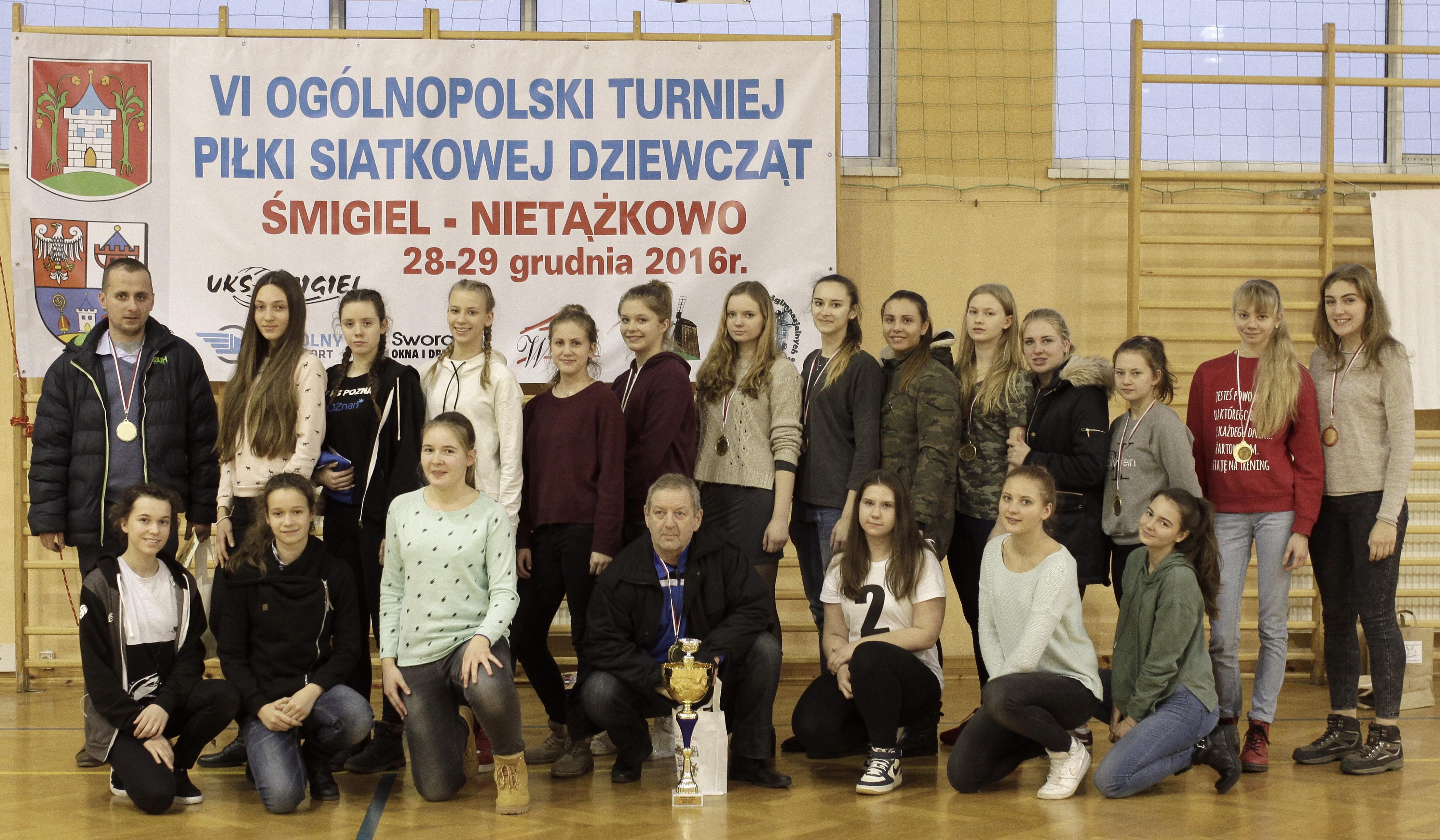 Nietążkowo: Juniorki wygrały Ogólnopolski Turniej Sylwestrowy w Nietążkowie! 10 miejsce kadetek